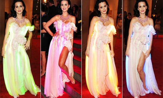 Katy Perry MET Gala color changing dress